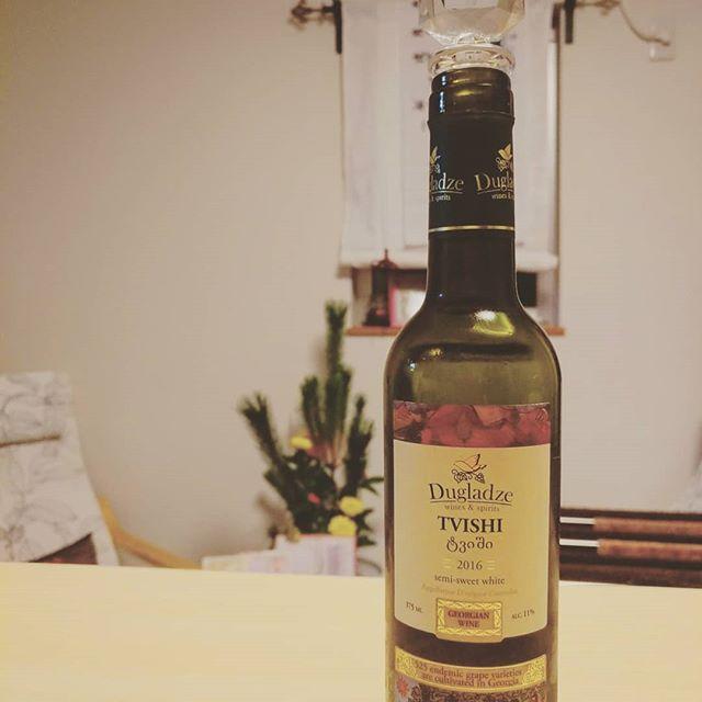 最近ワインも飲み始めました。